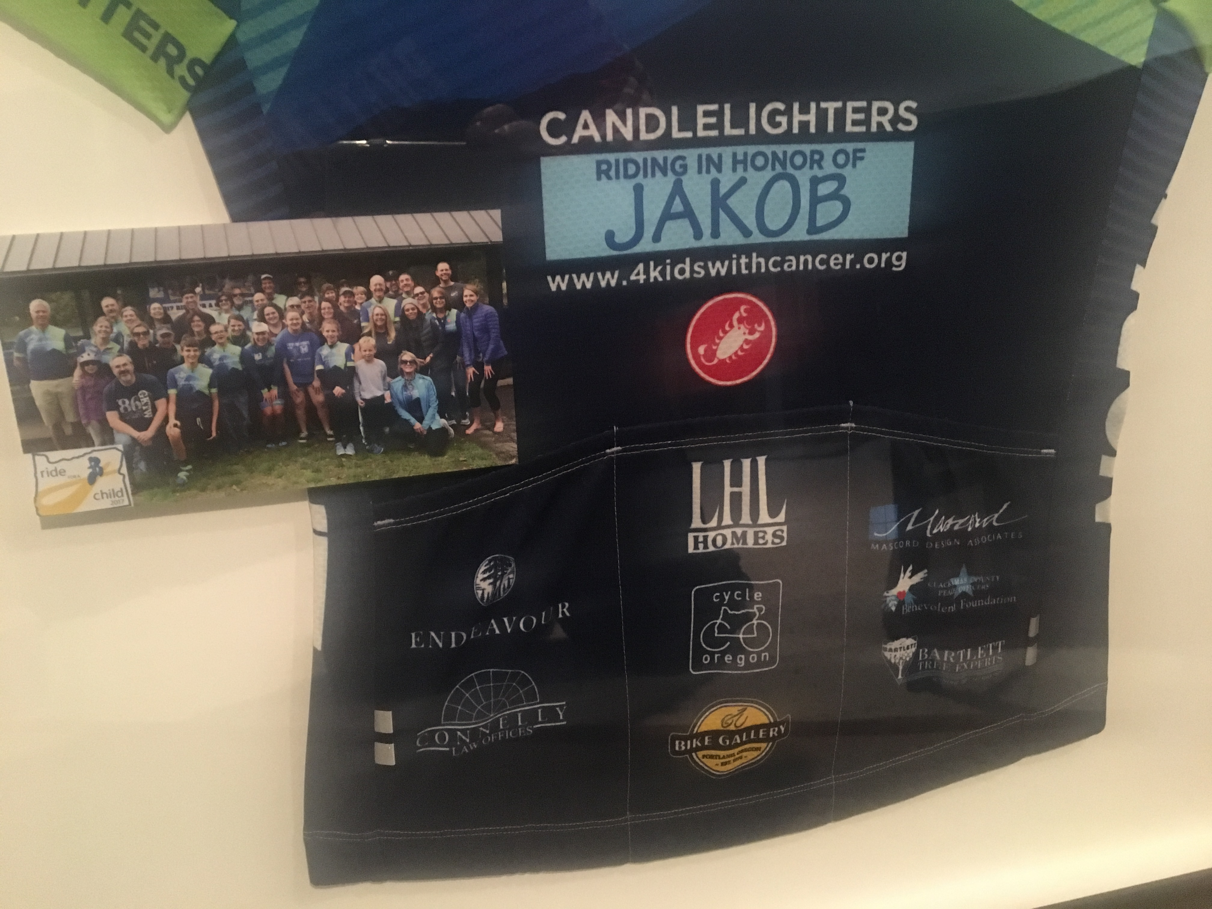 Candlelighters Presents Gift to CCPOBF